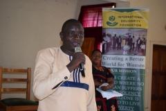 Speaking-at-Muungano-Gender-Forum-in-Kisii